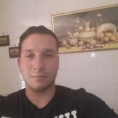 Antonio - 25 | Avellino